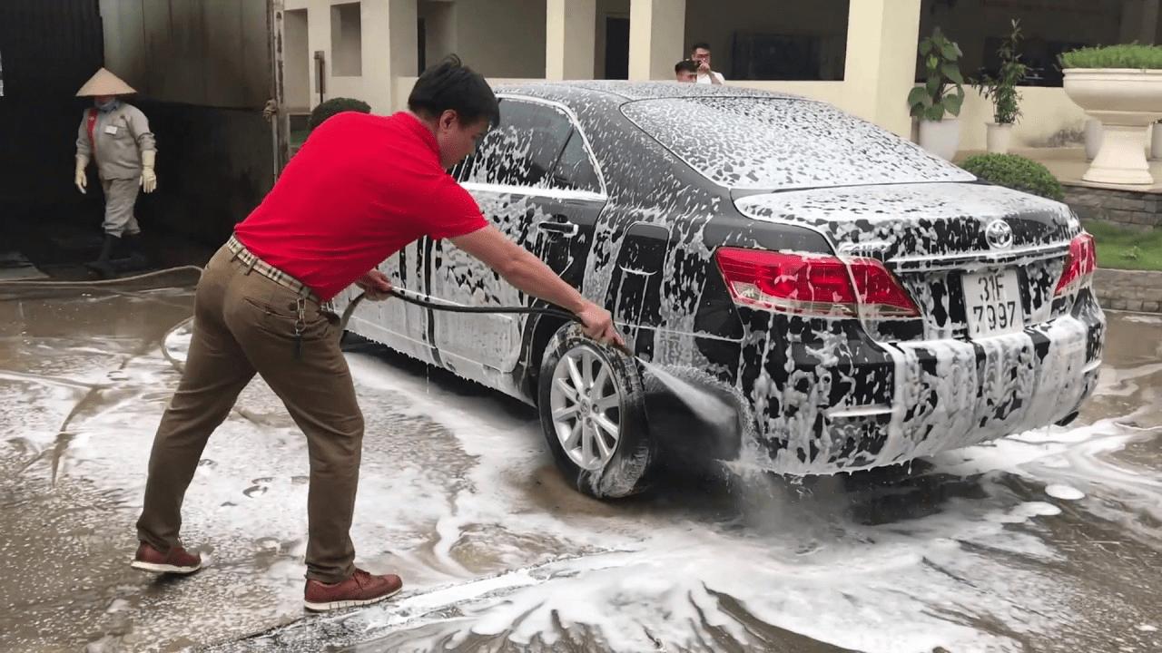 giá nước rửa xe bọt tuyết