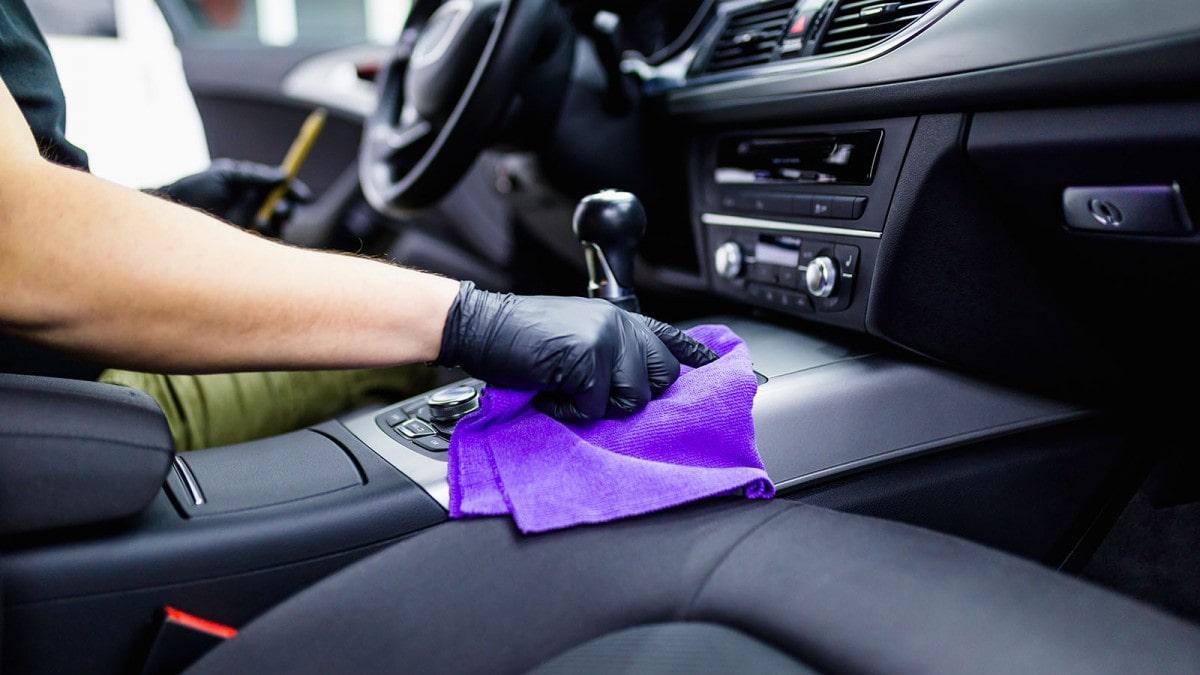 hóa chất làm sạch nội thất ô tô